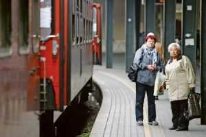 Hlavná stanica, ľudia,vlaky, odchody vlakov, doprava