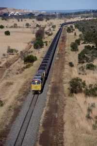 aurizon coal train_low.ashx