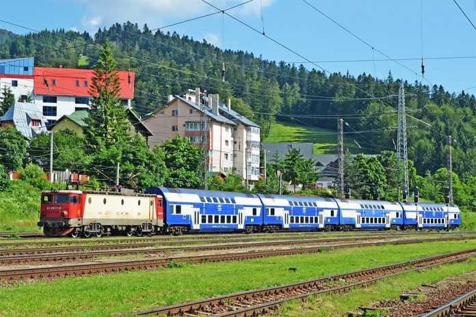 CFR Calatori repara vagoanele etajate pentru trenuri regio
