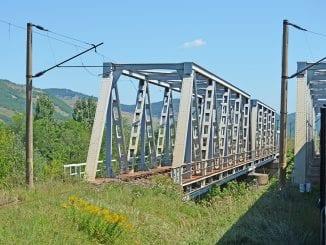 CFR SA revopseste podurile dintre Pascani si Iasi