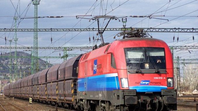 Rail Cargo Hungaria-tren_186