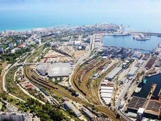 Traficul de mărfuri în Portul Constanța staţia CF Constanţa Port cereale în Portul Constanța
