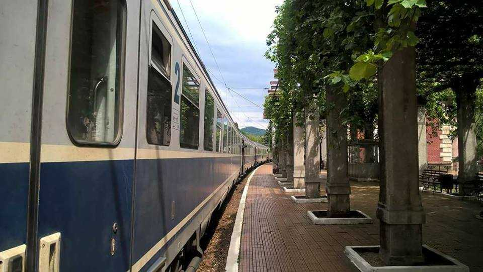 aer condiționat pentru CFR Călători geamuri securizate pentru vagoane