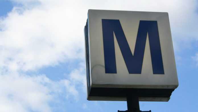 licitație la Metrorex campanie anti-suicid la metrou bugetul Metrorex pe 2021 relee la Metrorex concedieri la metrou incident la metrou Lujerului Muzeul din Metrou tren defect la metrou program metrou de Paști se reia circulația la metrou Metroul Tokyo-Otopeni inaugurarea Magistralei 2 de metrou licitație pentru cabluri la Metrorex metroul în noaptea de Revelion echipamente IT la Metrorex mecanic beat la metrou șină defectă la metrou probleme la metrou noi proceduri la Metrorex probleme la metrou defecțiune la metrou licitație Metrorex pentru țevăraie stația de metrou Tudor Vladimirescu lucrări în stația de metrou stația Parc Drumul Taberei pierderile la Metrorex stația Valea Ialomiţei alertă cu bombă la metrou probleme la metrou coronavirus la Metrorex coronavirus la metrou bugetul Metrorex pe 2020 energie electrică la Metrorex BVC Metrorex pe 2020 Metrorex cumpără apă plată rectificare bugetară la Metrorex casierii pentru elevi BVC Metrorex pe 2019