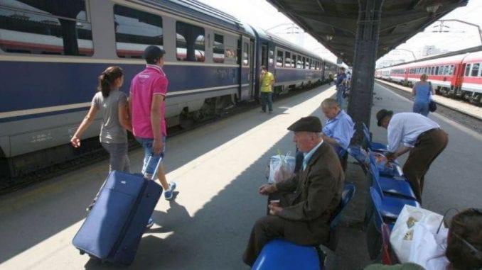 vizita Papei Francisc studiu FlixBus călătorii din trenuri