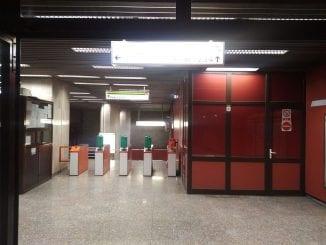 probleme la metrou aparate de taxare la metrou