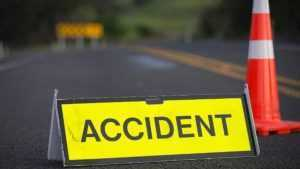 tren a lovit o remorcă tren a deraiat căruţă a fost lovită de tren accident la trecerea căii ferate tramvaie s-au ciocnit accident mortal în Maramureș mașină a fost lovită de tren TIR lovit de tren