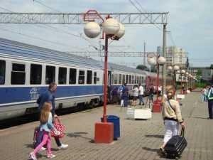 gratis cu trenul vagoane modernizate mersul trenurilor de Sfânta Maria călătorii cu trenul pentru studenți tren suplimentar spre Constanța revizia tehnică a vagoanelor