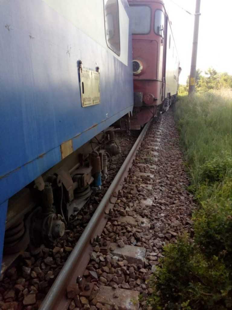 TIR lovit de tren