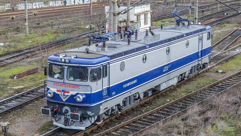 CFR Călători închiriază locomotive