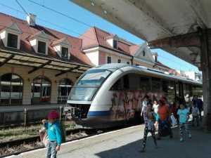 călătorii cu trenul Mersul Trenurilor 2019-2020 facilități pentru studenți pe calea ferată