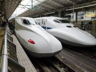linie ferată în Indonezia