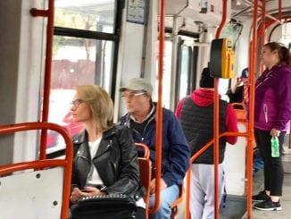licitația pentru tramvaie autobuze pe linia de tramvai investiții în linii de tramvai STB după 15 mai reorganizarea companiilor municipale mai puține tramvaie în București Gabriela Firea și Traian Băsescu Firea îi dă replica lui Ludovic Orban transport public gratuit licitația pentru tramvaie tramvaie turcești la București
