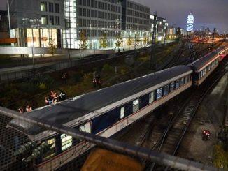 tren a deraiat la Munchen