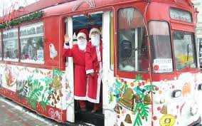 tramvaiul condus de Moş Crăciun