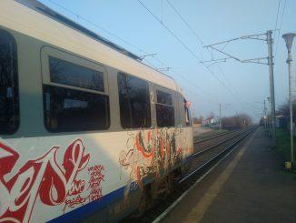 fonduri europene pentru trenuri metropolitane starea de urgență în transporturi trenuri anulate Ordonanța Militară 2 CFR Călători reduce săptămâna de lucru trenuri anulate de CFR Călători starea de urgență controlor de tren Contractele de servicii publice naveta cu trenul