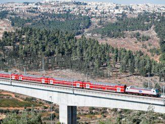 tren rapid Ierusalim-Tel Aviv
