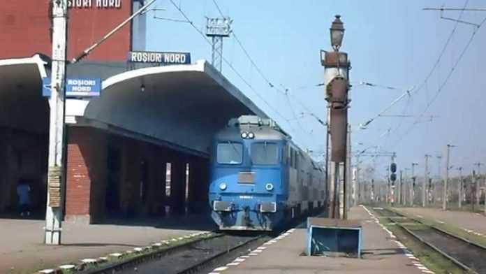 curățenie în stații feroviare trenuri întârziate ridicarea restricțiilor de viteză pe Magistrala 900 deraiere pe Magistrala 900