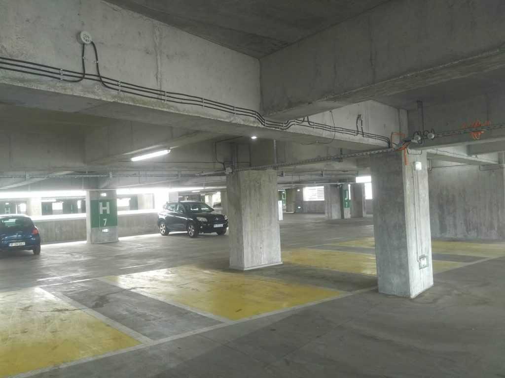 parcarea Metrorex de la Străulești