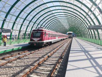 trenuri spre Aeroport linia de Otopeni trenul de test la aeroport
