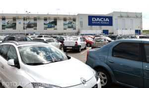 tren expres la uzina Dacia