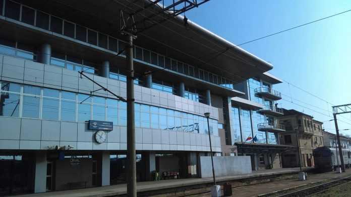 modificări în circulația trenurilor licitație pentru pază la Regionala Craioiova locomotivă defectă