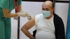 foști miniștri ai Transporturilor se vaccinează