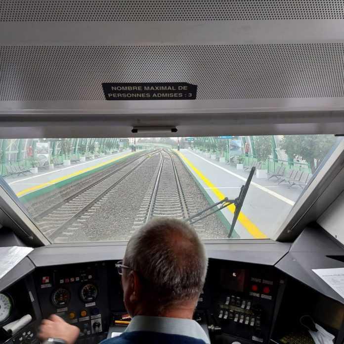 lucrători în transporturi sancțiuni pentru mecanicii de locomotivă grevă pe mecanicii de locomotivă cumulul pensie-salariu cursanți pentru mecanici de locomotivă