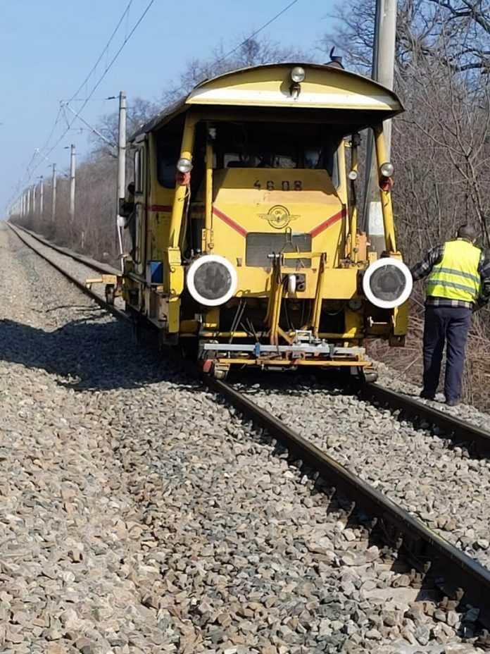 lucrări pe calea ferată Ploiești-Vicșani lucrări pe linia ferată Livezeni-Simeria linia ferată Buzău-Făurei lucrări la infrastructura feroviară angajări la CFR SA