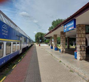 programul Litoralul pentru toți WC defect în tren locomotivă defectă electrificarea căii ferate Constanța-Mangalia
