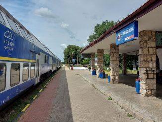 WC defect în tren locomotivă defectă electrificarea căii ferate Constanța-Mangalia